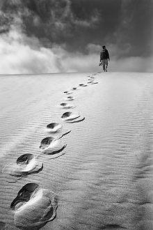 https://stiuartas.files.wordpress.com/2012/01/f10da-loneliness.jpg